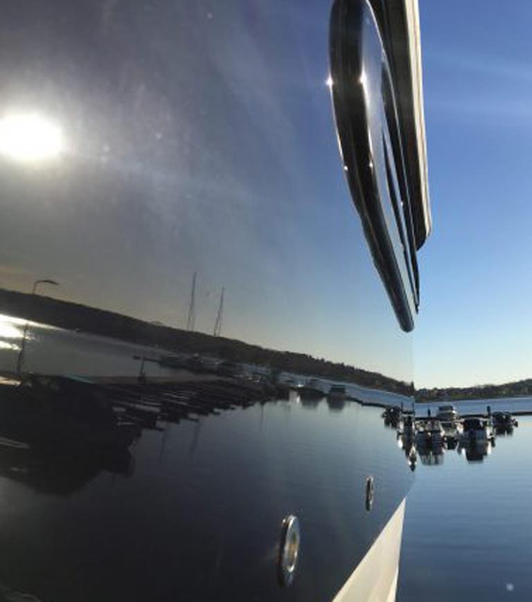 Blank båt med Jotun Yachting