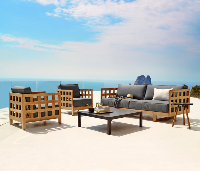 Jotun terrassetrender 2018. Lounge-settet Square lounge från Cane-line.