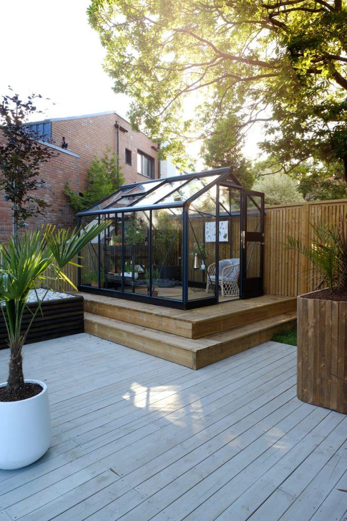 Växthus på terrassen, laserat med JOTUN