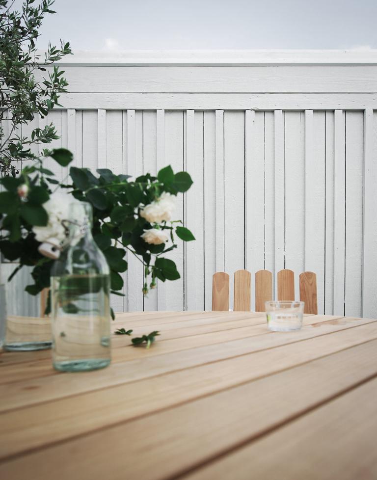 Skapa nytt uterum med snyggt plank