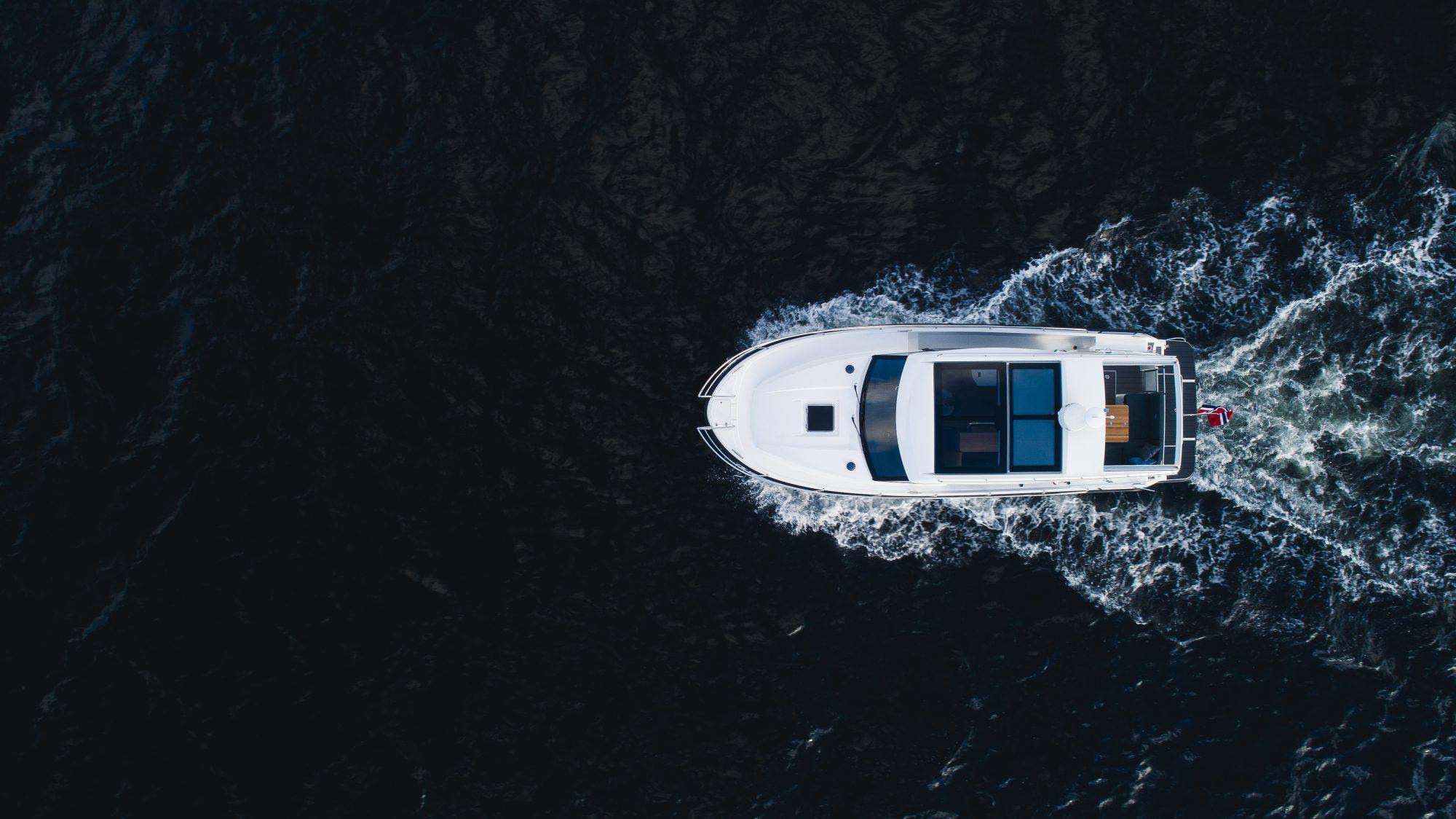 Förenkla båtvården med den nya expoygrundningen Yachting Barrier Primer