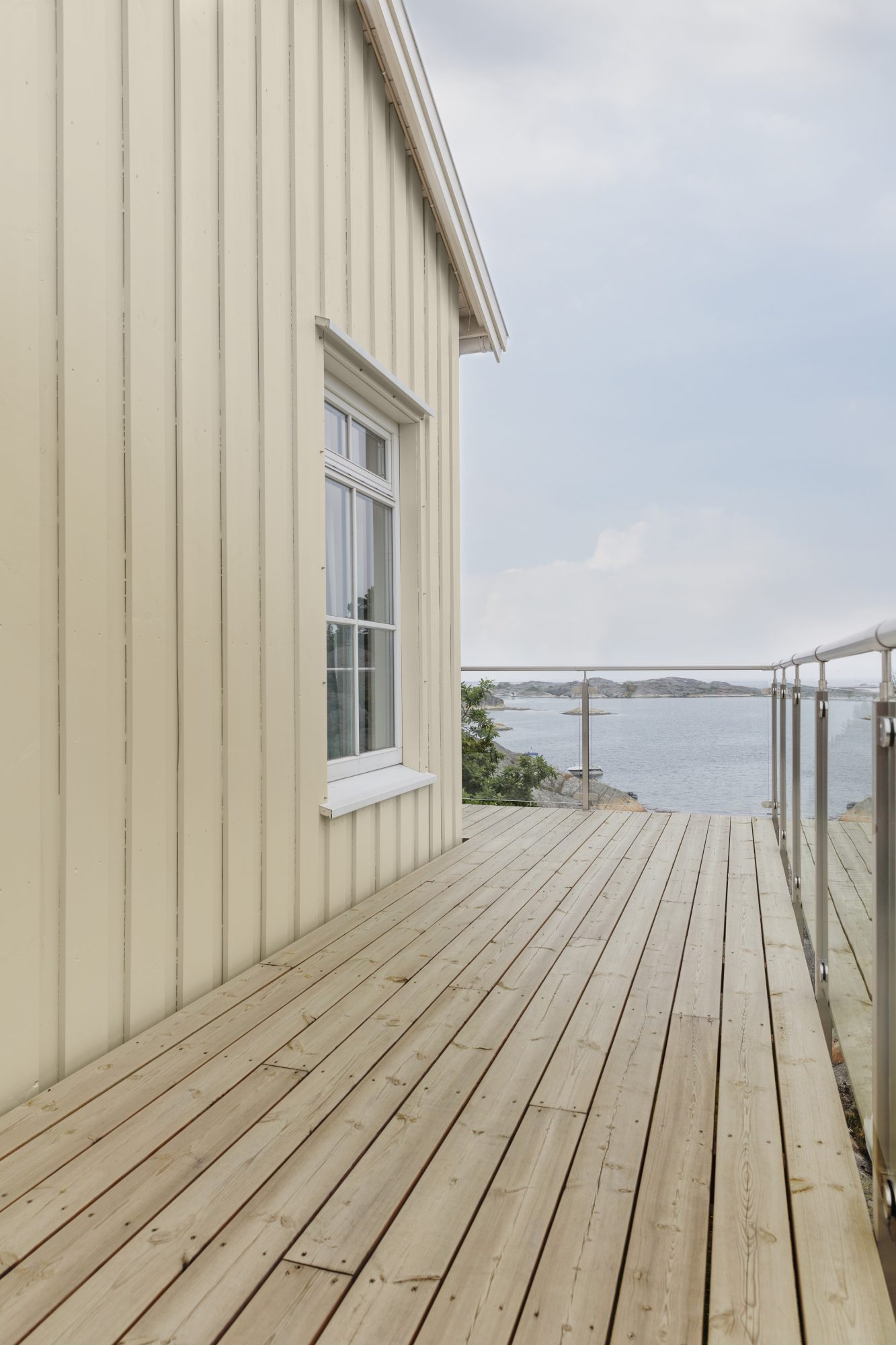 När innelivet flyttar ut – färgsättning av terrassen
